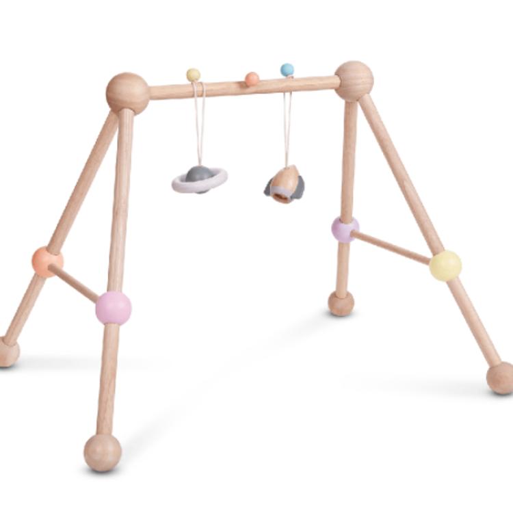 Afbeeldingen van Plan Toys Gym